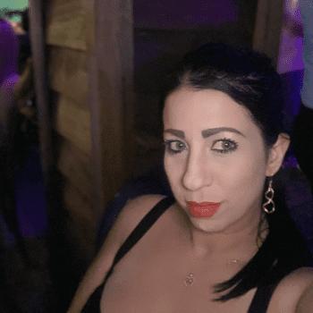 Lucia Valdes